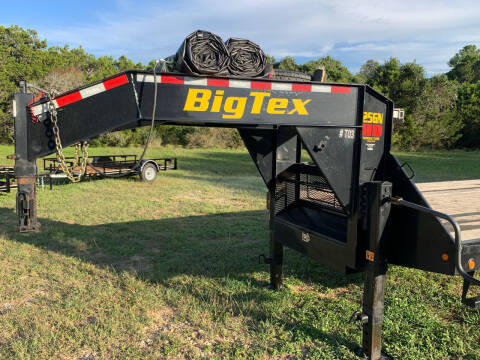 2020 Big Tex 40' GOOSENECK (25GN) for sale at Trophy Trailers in New Braunfels TX