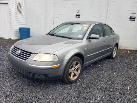 2004 Volkswagen Passat for sale at CRS 1 LLC in Lakewood NJ