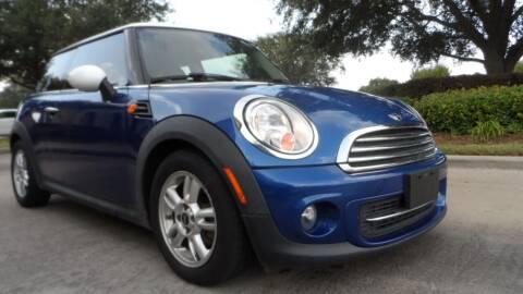 2013 MINI Hardtop for sale at Exhibit Sport Motors in Houston TX