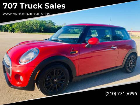 2015 MINI Hardtop 2 Door for sale at 707 Truck Sales in San Antonio TX