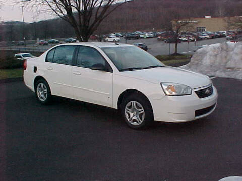 2007 Chevrolet Malibu for sale at North Hills Auto Mall in Pittsburgh PA