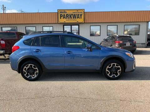 2016 Subaru Crosstrek for sale at Parkway Motors in Springfield IL