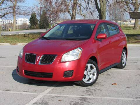 2009 Pontiac Vibe for sale at Highland Luxury in Highland IN
