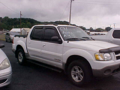 2001 Ford Explorer Sport Trac for sale at Bates Auto & Truck Center in Zanesville OH