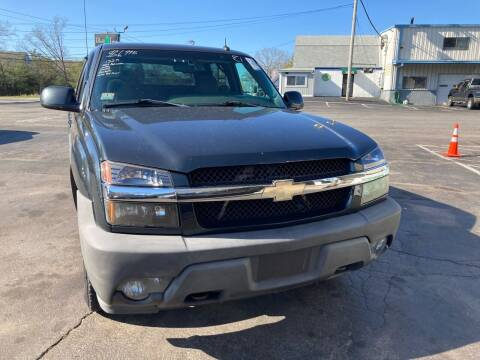 2003 Chevrolet Avalanche for sale at Irving Auto Sales in Whitman MA
