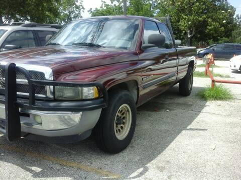2001 Dodge Ram Pickup 1500 for sale at John 3:16 Motors in San Antonio TX