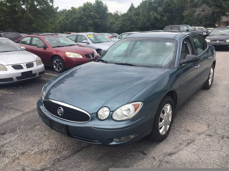 2006 Buick LaCrosse for sale at Best Buy Auto Sales in Murphysboro IL