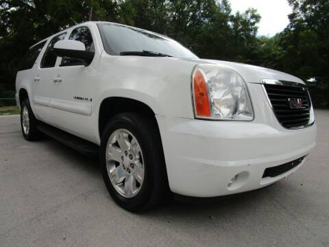 2008 GMC Yukon XL for sale at Thornhill Motor Company in Lake Worth TX