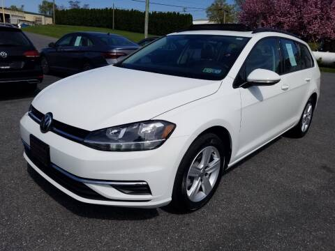 2018 Volkswagen Golf SportWagen for sale at John Huber Automotive LLC in New Holland PA