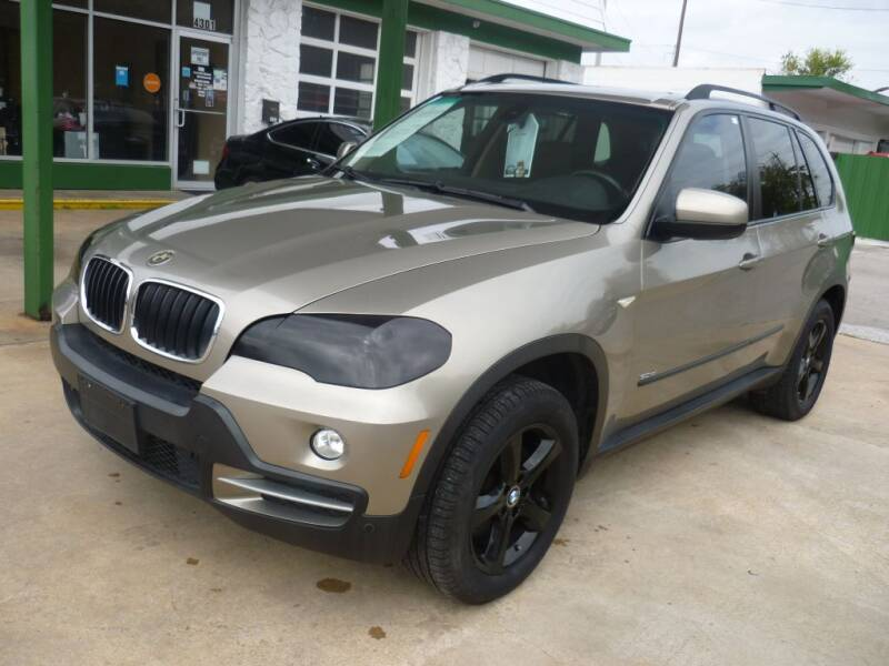 2008 BMW X5 for sale at Auto Outlet Inc. in Houston TX