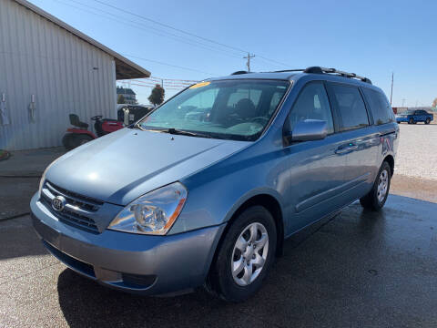 2008 Kia Sedona for sale at Family Car Farm in Princeton IN