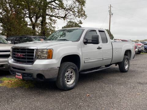 2010 GMC Sierra 2500HD for sale at TINKER MOTOR COMPANY in Indianola OK