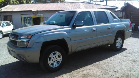 2002 Chevrolet Avalanche for sale at Larry's Auto Sales Inc. in Fresno CA