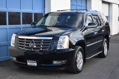 2010 Cadillac Escalade for sale at IdealCarsUSA.com in East Windsor NJ