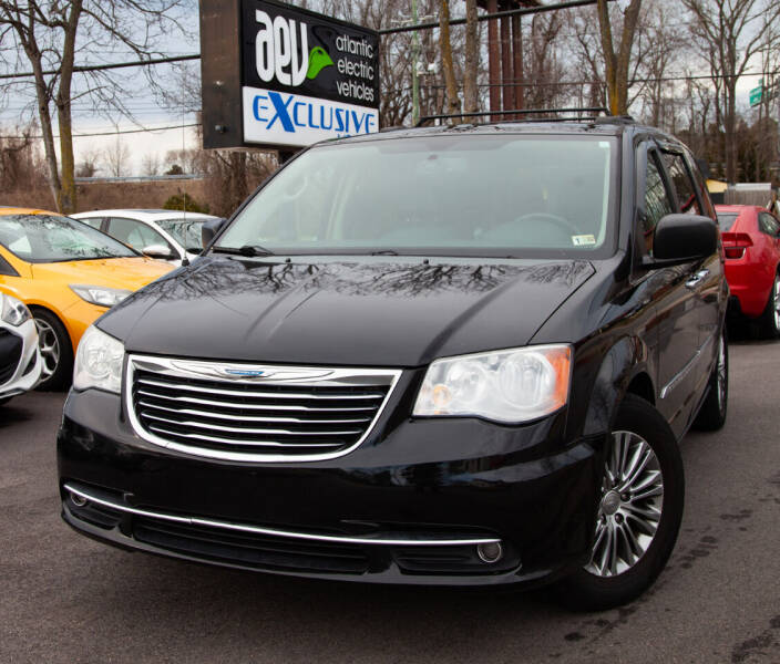 2014 Chrysler Town and Country for sale at EXCLUSIVE MOTORS in Virginia Beach VA