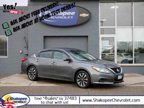 2017 Nissan Altima for sale at SHAKOPEE CHEVROLET in Shakopee MN