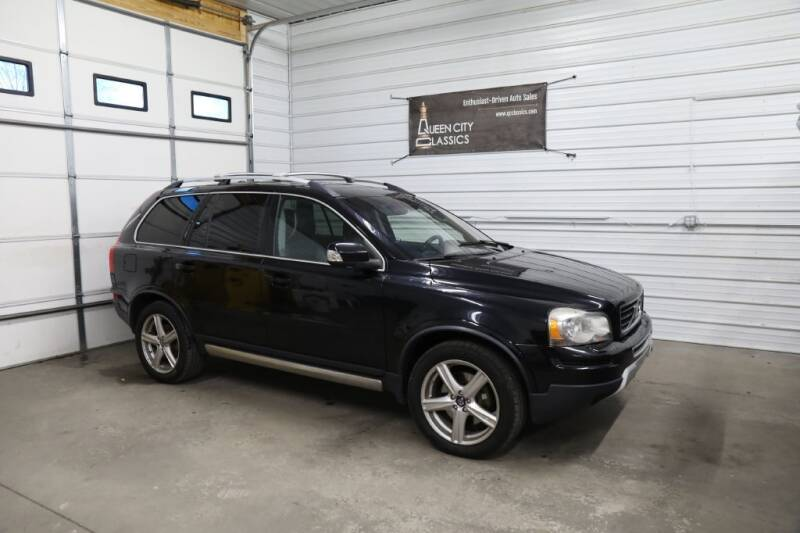 2008 Volvo XC90 for sale at Queen City Classics in West Chester OH