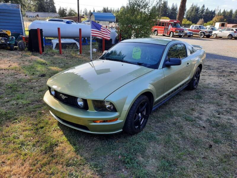 2005 Ford Mustang Deluxe 2dr Fastback - Mckenna WA
