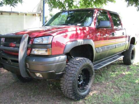 2004 Chevrolet Silverado 1500 for sale at CANTWEIGHT CLASSICS in Maysville OK