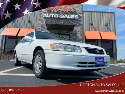 2000 Toyota Camry for sale at HORTON AUTO SALES, LLC in Linn MO