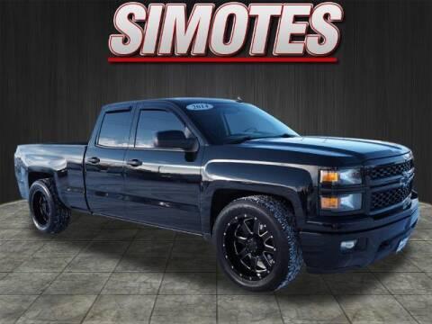 2014 Chevrolet Silverado 1500 for sale at SIMOTES MOTORS in Minooka IL