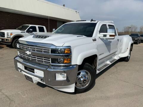 2018 Chevrolet Silverado 3500HD for sale at Auto Mall of Springfield in Springfield IL
