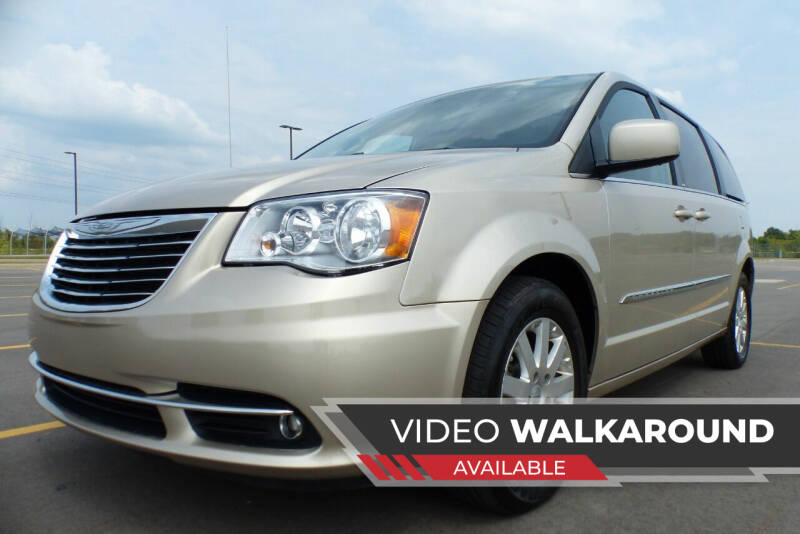 2014 Chrysler Town and Country for sale at Macomb Automotive Group in New Haven MI