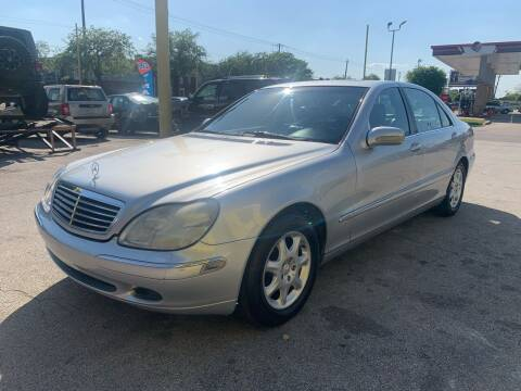 2000 Mercedes-Benz S-Class for sale at Friendly Auto Sales in Pasadena TX