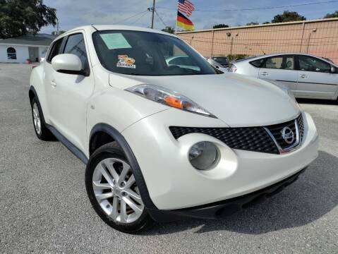 2013 Nissan JUKE for sale at Das Autohaus Quality Used Cars in Clearwater FL