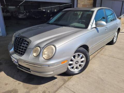2004 Kia Amanti for sale at Car Planet Inc. in Milwaukee WI