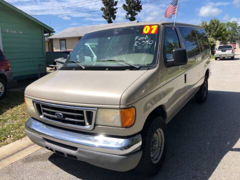 2007 Ford E-Series Wagon for sale at Castagna Auto Sales LLC in Saint Augustine FL