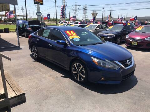 2016 Nissan Altima for sale at Texas 1 Auto Finance in Kemah TX