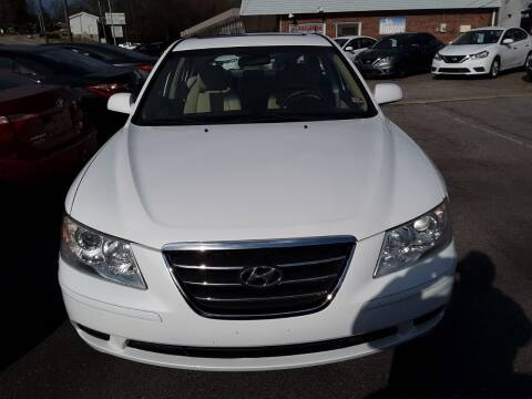 2010 Hyundai Sonata for sale at Auto Villa in Danville VA