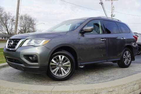 2017 Nissan Pathfinder for sale at Platinum Motors LLC in Heath OH
