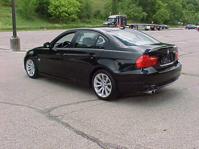 2011 BMW 3 Series AWD 328i xDrive 4dr Sedan SULEV - Pittsburgh PA