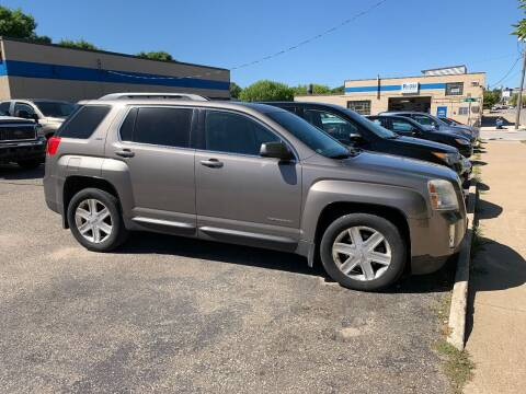 2010 GMC Terrain for sale at BEAR CREEK AUTO SALES in Rochester MN