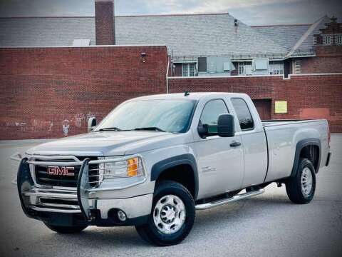 2008 GMC Sierra 2500HD for sale at ARCH AUTO SALES in Saint Louis MO