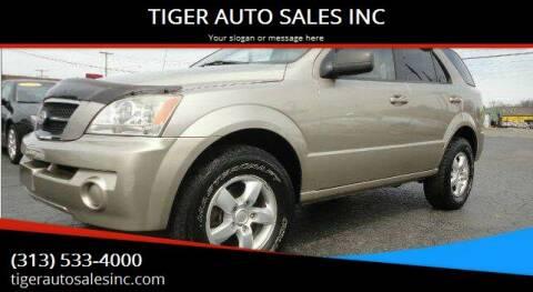 2006 Kia Sorento for sale at TIGER AUTO SALES INC in Redford MI