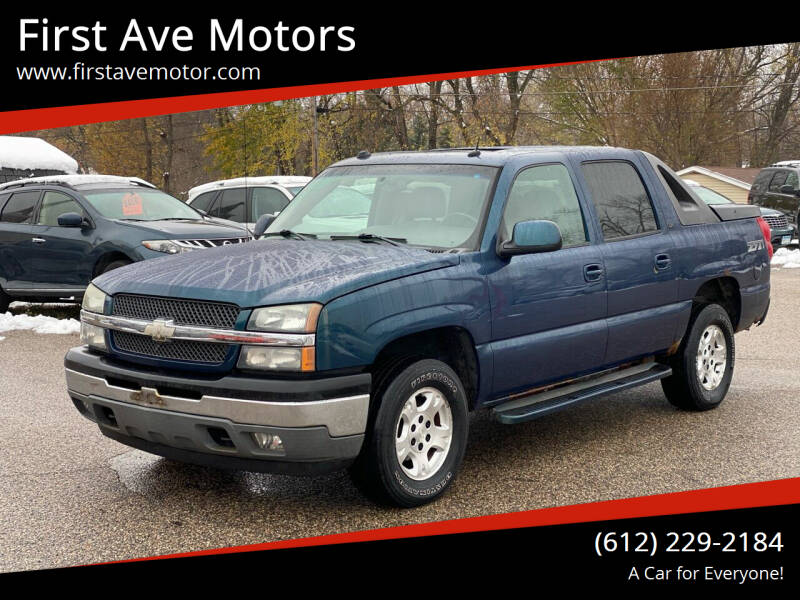 2005 Chevrolet Avalanche for sale at First Ave Motors in Shakopee MN