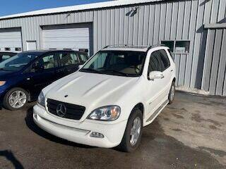 2005 Mercedes-Benz M-Class for sale at Carr's Cars in Eagle NE