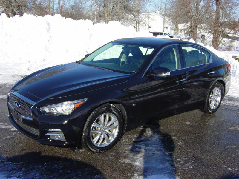 2015 Infiniti Q50 for sale at North South Motorcars in Seabrook NH