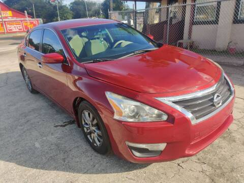 2015 Nissan Altima for sale at Advance Import in Tampa FL