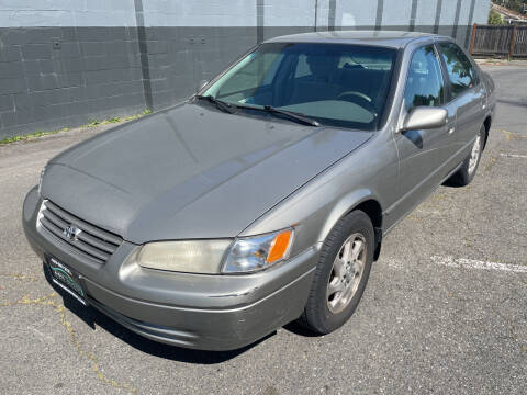 1999 Toyota Camry for sale at APX Auto Brokers in Lynnwood WA