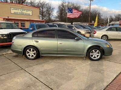2005 Nissan Altima for sale at Used Car City in Tulsa OK