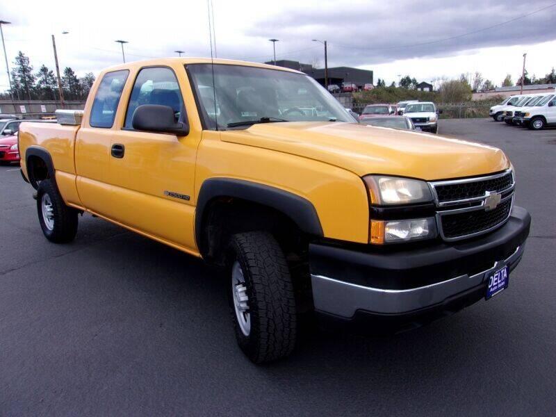 2006 Chevrolet Silverado 2500HD for sale at Delta Auto Sales in Milwaukie OR