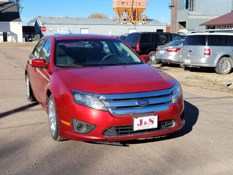 2010 Ford Fusion for sale at J & S Auto Sales in Thompson ND