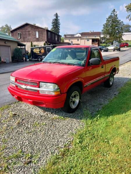 2000 Chevrolet S-10 for sale at JJ's Automotive in Mount Pleasant PA