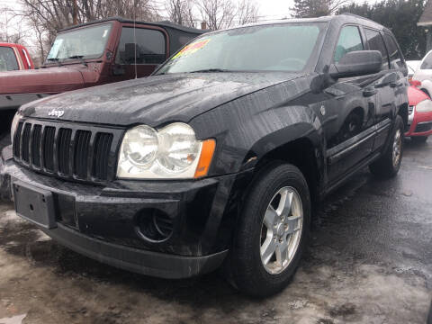 2007 Jeep Grand Cherokee for sale at Connecticut Auto Wholesalers in Torrington CT