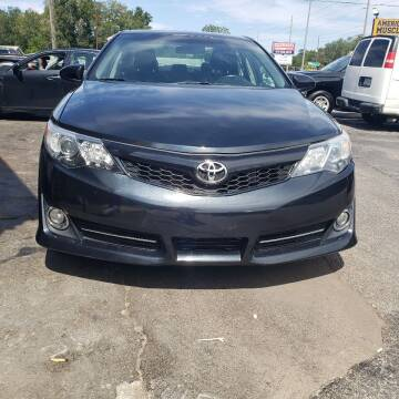 2014 Toyota Camry for sale at 4 Guys Auto in Tampa FL