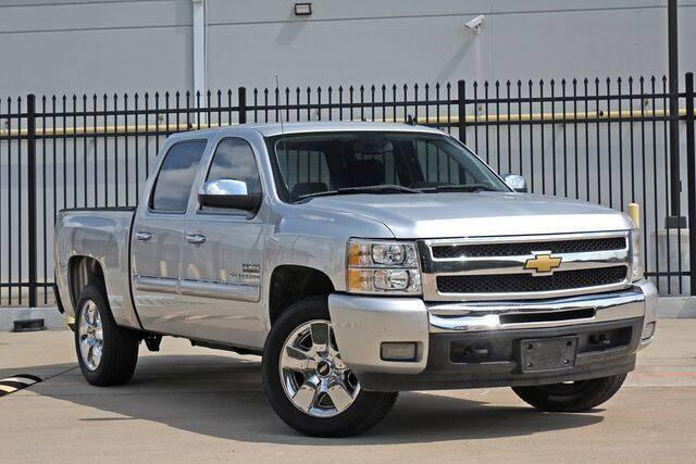 2011 Chevrolet Silverado 1500 for sale at Schneck Motor Company in Plano TX